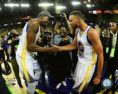 """Kevin Durant Stephen Curry Golden State Warriors 2017 Finals Celebration Photo (Size: 8"""" x 10"""")"""