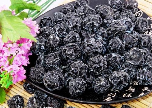 中国の雲南省からの乾燥したフルーツブラックプラム1700 g