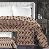 DecoKing 86650 Tagesdecke 240 x 260 cm beige Cappuccino braun Schoko Bettüberwurf zweiseitig leicht zu pflegen geometrisches Muster Brown Chocolate Hypnosis Collection Triangles