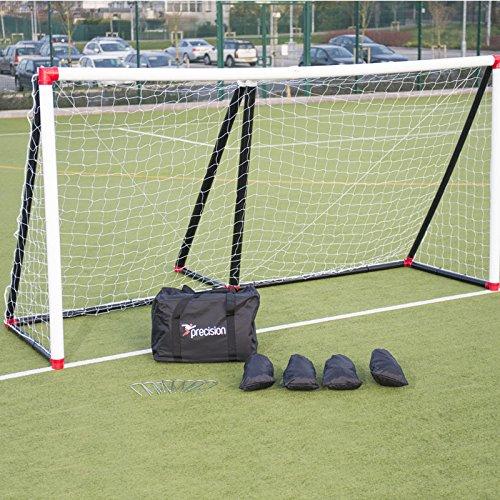 Precision gonfiabile Goal 8'x 5' con rete, pompa, sabbia e tasselli da £250