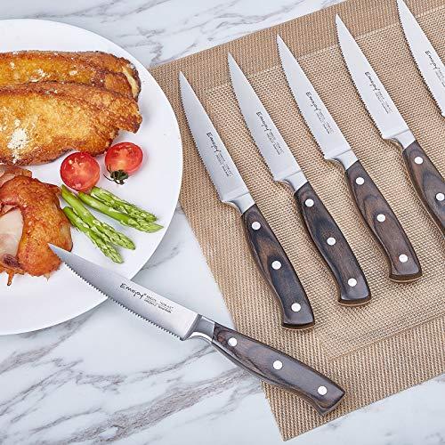 Emojoy Steak Knife Set, Steak Knife with Wooden Handle, Steak Knife Set, Steak Knives Set of 8, Serrated Steak Knife with Gift Box
