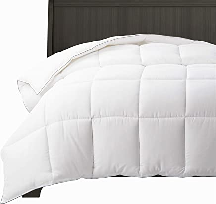 """Bedsure All Season White Down Alternative Comforter King Size(102""""x90""""), Prevent Clumping - Whole Piece 60OZ Microfiber Fill, Machine Washable Quilted Duvet Insert with Corner Tabs"""