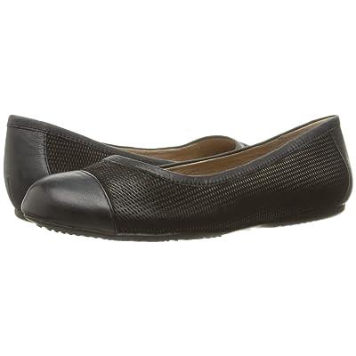 SoftWalk Napa (Black Nubuck Embossed Leather) Women