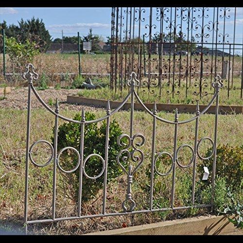 Barrière Jardin Fer Coeurs 73x90cm