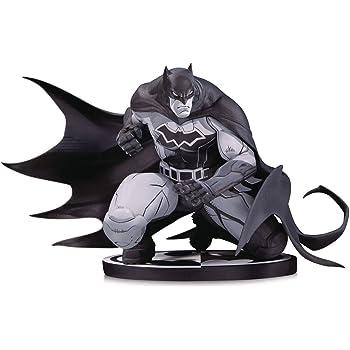 DC Collectibles Batman Black /& White Knight Batman by Sean Murphy Resin Statue Diamond Comic Distributors SEP180641