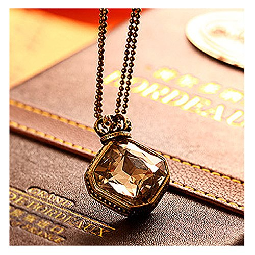 TOPSTARONLINE Retro Crown Rhombus Gem Pendant Necklace