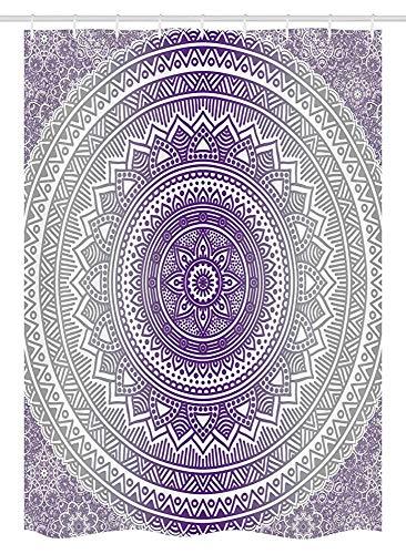 ASDAH Grijs en Paars Stall Douchegordijn Oosterse Traditionele van Cosmos Patroon Boho Ombre Mandala Design Print Stof Badkamer Decor Set met Haken Paars Wit 66 * 72in