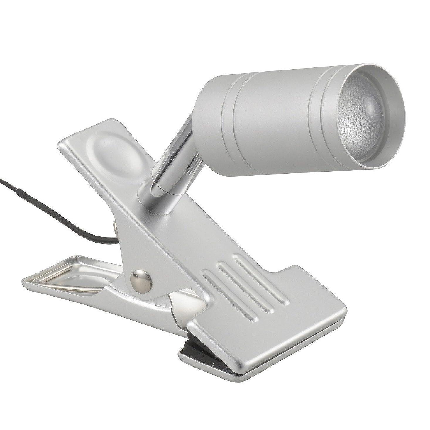 早熟軍流行しているOHM LEDクリップライト LTL-C6N シルバー 昼白色 [品番]06-1307 LTL-C6N-S
