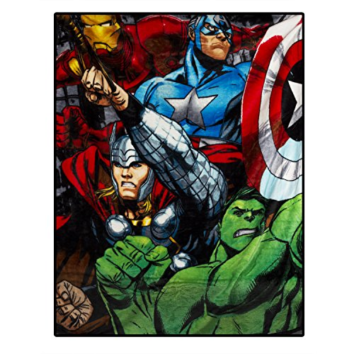 Marvel Multicolored Marvel Throw - 40x50 inches
