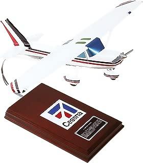 Mastercraft Collection Cessna Model C-150/152 Model Scale:1/24