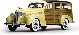Chevrolet 1939 Woody Station Wagon Italian Cream 1/18 by Sunstar 6170