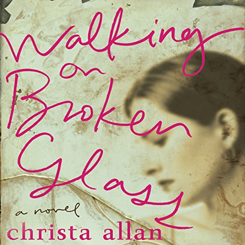 Couverture de Walking on Broken Glass