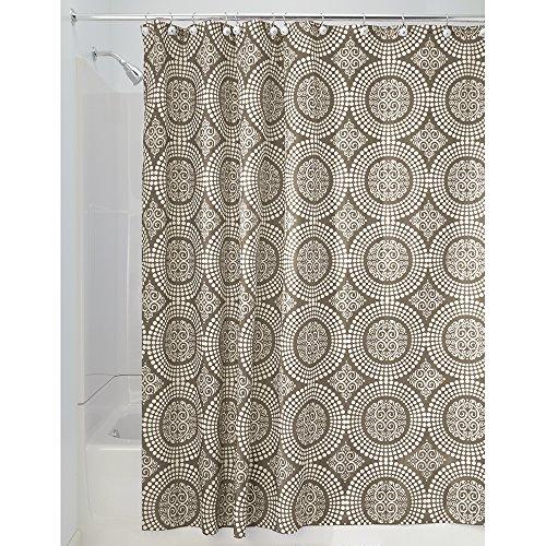 iDesign Medallion Textil Duschvorhang | 183 cm x 183 cm Duschabtrennung für Badewanne und Duschwanne | Vorhang aus Stoff mit verstärkter Oberkante | Polyester braun