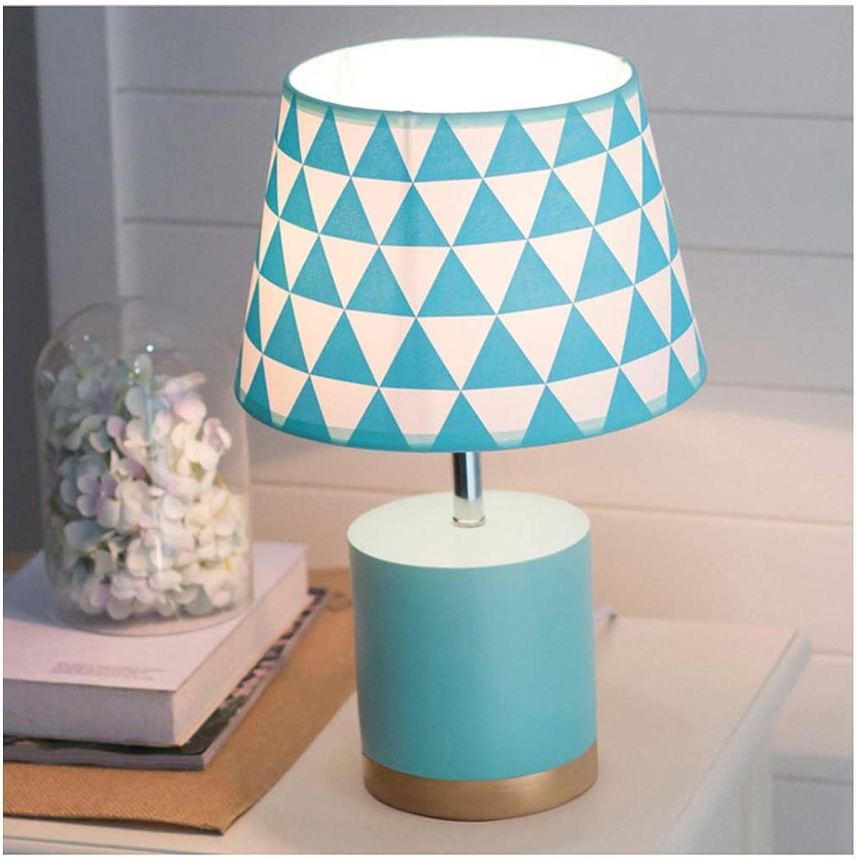 CJW Nordische Schlafzimmer-Nachttischlampe - modernes Persönlichkeitsmakaron (Farbe     Blau) B07Q2PQXBP   Öffnen Sie das Interesse und die Innovation Ihres Kindes, aber auch die Unschuld von Kindern, kindlich, glücklich  95dea7