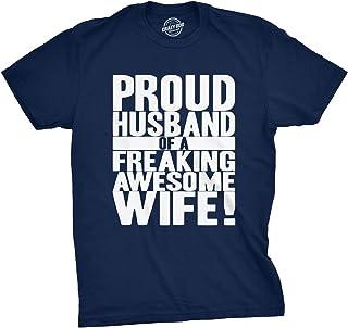 تيشيرت رجالي مطبوع عليه Proud Husband of a Freaking Awesome Wife Funny Valentines Day