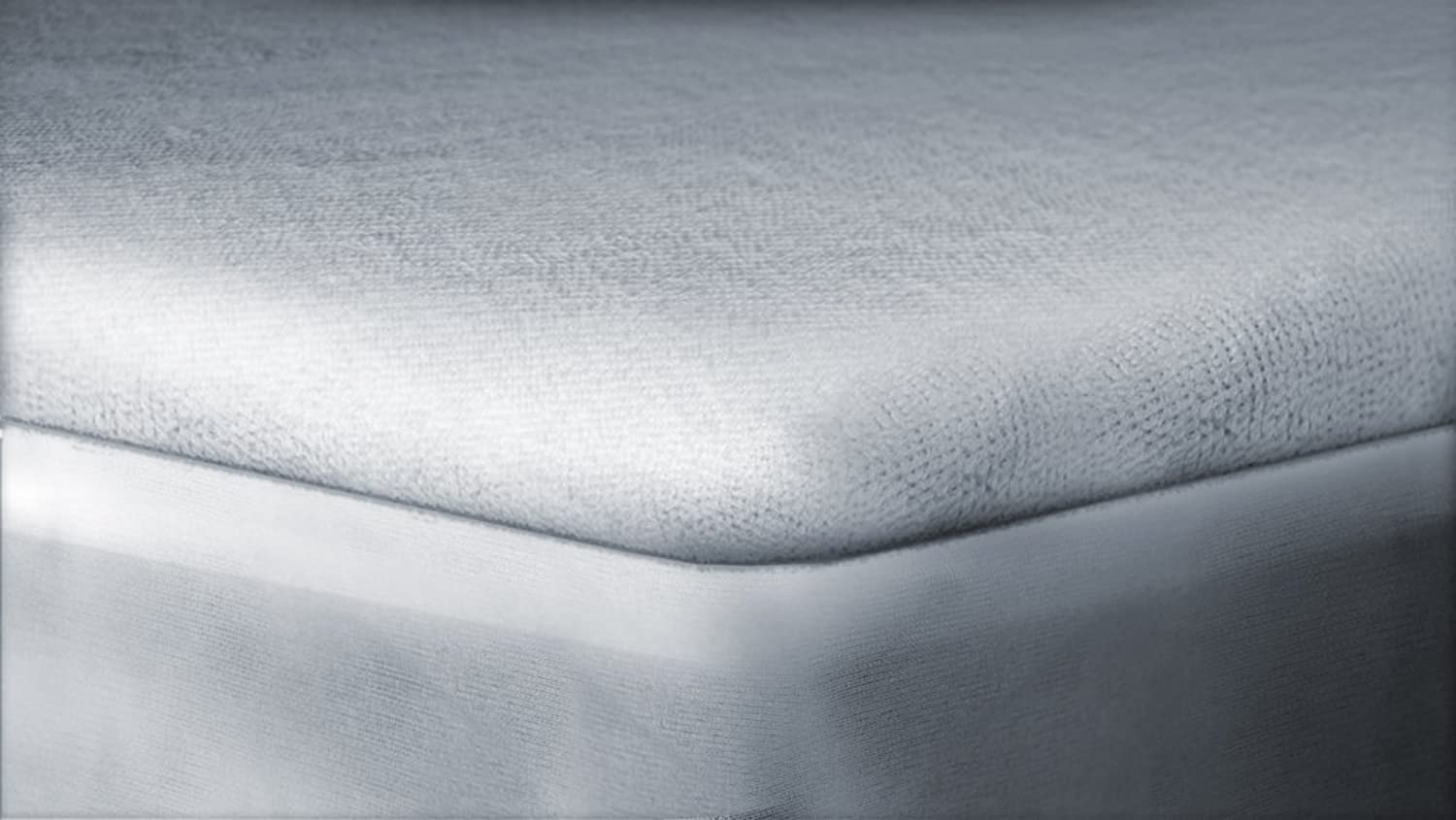 Rajlinen Luxury Terry Cotton Waterproof Mattress Predector Queen-XL Size (+19 Inch) Pocket Depth White Solid Fitted Style Breathable Waterproof Membrane SafeRest Premium