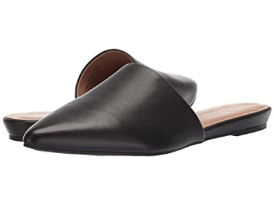 Aerosoles Out of Town (Black Leather) Women