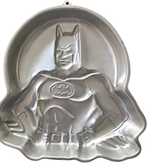 Wilton Batman with Moon Cake Pan (2105-6501, 1989) Retired D C Comics