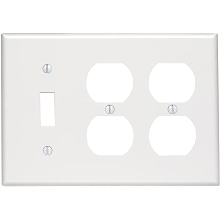 Leviton 002-88047-0 3-Gang White Combo 1-Toggle /& 2-Duplex Receptacle Wallplate