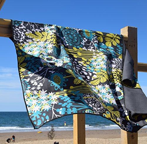 Microvezel handdoek 140x70cm (Large) in vier unieke ontwerpen en voor meerdere toepassingen zoals Gym's, Trekking, Strand met opknoping lus