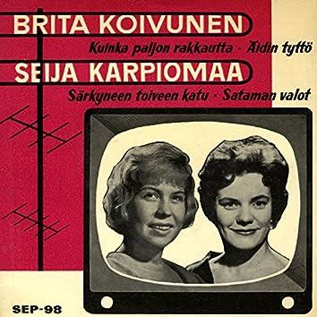 Brita Koivunen ja Seija Karpiomaa