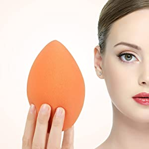 XL EXTRA LARGE Make Up Beauty Sponges Blender-Product contains: 1x Small(8cm) 1xExtra Large(11cm) and 2 Sponge Holder-for Face and Body , Blush Cream, Liquid Foundation and Powder Application