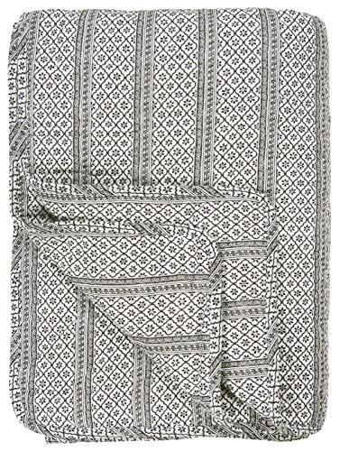 IB Laursen Quilt schwarz Serafina Muster