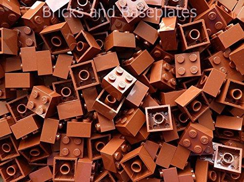 LEGO® Klocki: 50 x brązowe 2 x 2-pinowe numer części 3003 Wymiary (dł. x szer. x wys.) : 1,6 cm x 1,6 cm x 1,1 cm darmowe przesyłka w Wielkiej Brytanii z nowych zestawów Dostarczane w cegłach i podstawowych przezroczyste opakowanie uszczelnione