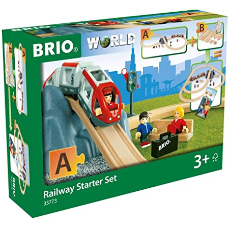 BRIO World - 33773 Railway Starter Set | 26 Piece Toy Train with Accessories and Wooden Tracks for Kids Age 3 and Up - Green