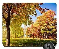 秋の木々と葉ゴムコンピューターマウスパッドマット