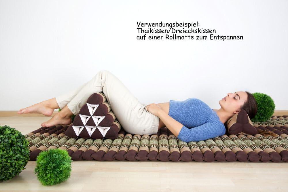 Dieses Kissen kannst du zusammen mit einer Thai Matte und einem Dreieckskissen wunderbar kombinieren.