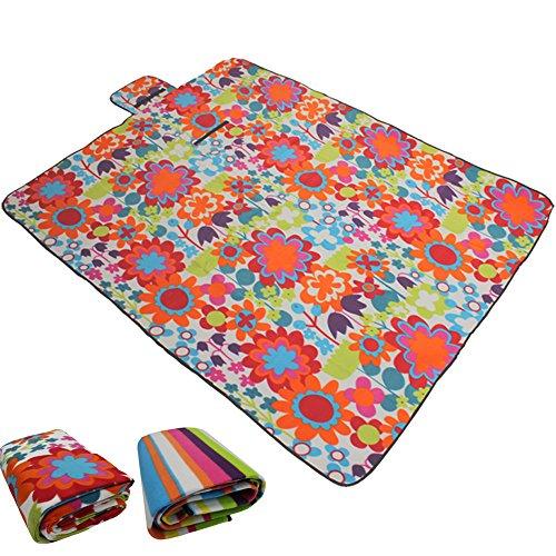DILUMA Picknickdecke 135x175 cm Blumen Muster - Fleece Picknick Decke mit wasserabweisender Unterseite - aufrollbare Stranddecke mit Tragegriff