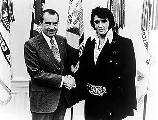 Richard Nixon shaking hands with Elvis Presley Photo Print (10 x 8)