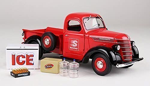 Limited 1st Edition Collector Toy Truck 2015 Speedway 1938 International D2 Pickup 1 25 Scale by 2015 Speedway