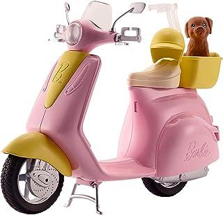 Barbie Mobilier Scooter, moto rose pour poupées, fournie avec casque et panier jaune et figurine de chien, jouet pour enfa...