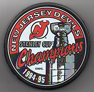 New Jersey Devils 1995 Stanley Cup Champions Official NHL Puck + FREE Puck Cube