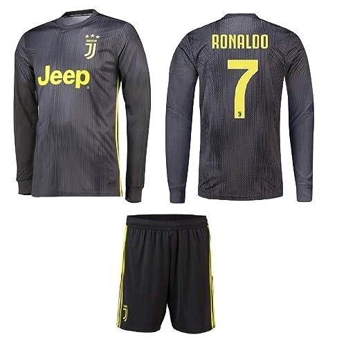 wholesale dealer c1706 18be0 Kids Juventus Ronaldo Jerseys: Amazon.ca