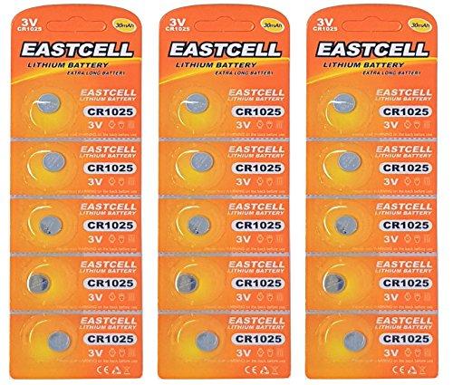 EASTCELL 15 x CR1025 3V Lithium Knopfzelle 30 mAh (3 Blistercard a 5 Batterien) EINWEG Markenware FBA