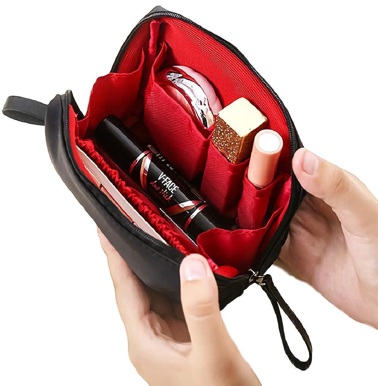 [ウレギッシュ] 化粧ポーチ コンパクト メイクポーチ 化粧品 化粧道具 収納 バッグ (ブラック in レッド)