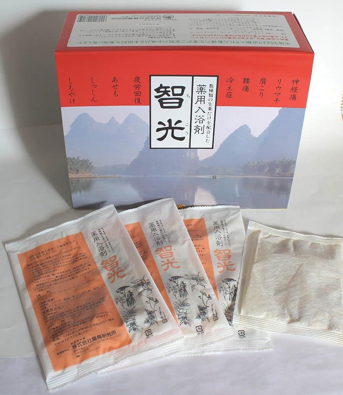 オフポットポジション薬用入浴剤 智光 (25g×32包入り)化粧箱なし
