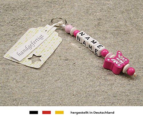 Naamhanger - hanger met naam - baby kinderen sleutelhanger voor wikkeltas, kleuterschooltas, schooltas of rugzak met sleutelring - meisje motief vlinder in roze