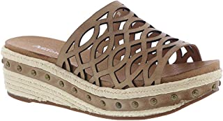 Antelope Women's 445 Leather Laser Cut Low Studs