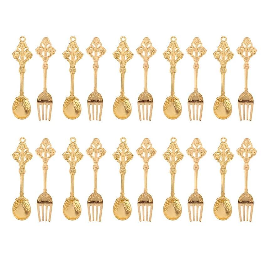 立場酔う発掘する1:12ドールハウス ミニチュア飾り 食器 スプーン フォークモデル 全10ペア 3色選択 - 金