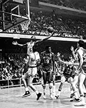 Boston Celtics vs. NY Knicks in 1969, w/ Willis Reed and Bill Russell 8x10 Photo, Picture.