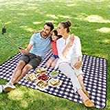 Playinyard Machine Washable Picnic Blanket Waterproof, 79'x59' Thick Dual 3-Layers Sandproof Beach Blanket Foldable Outdoor Blanket for Beach, Park, Lawn, Camping, Black & White Plaid