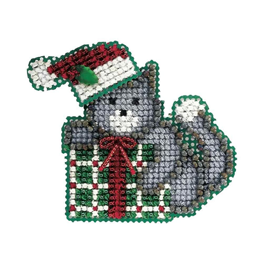 Kitty's Gift Beaded Counted Cross Stitch Christmas Ornament Kit Mill Hill 2006 Winter Holiday MH18-6305