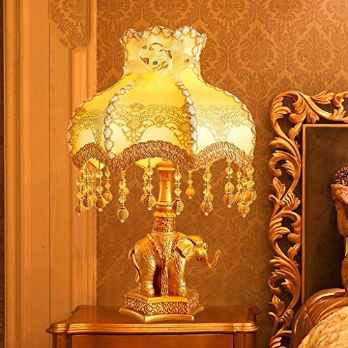 Bonne chose lampe de table Elephant Lamp Bedroom European Sculpté Or Warm Light Luxe Auspicious Creative Gift Table Lamp