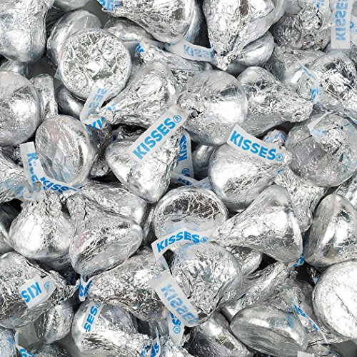 WH Candy Silver Hershey's Kisses 2lb (Free Cold Packaging)