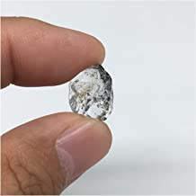 quartz with petroleum inclusions