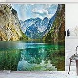 wobuzhidaoshamingzi Lakehouse-Duschvorhang, Ruhe von Obersee-Gebirgssee in einem Tal von Alpen-Bayern Deutschland mit kleinem Forest Scene